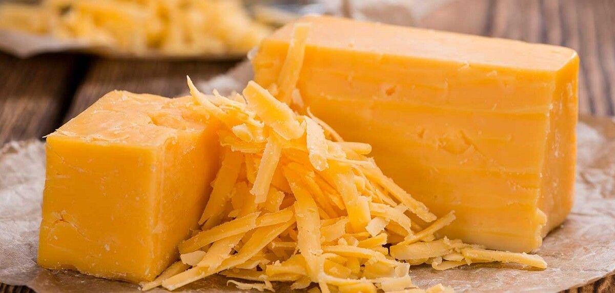 El cheddar es uno de los quesos duros más destacados